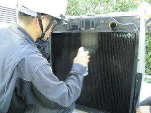 発電機,非常用発電機 ,冷却 ,ラジエーター ,洗浄 ,機能 ,劣化 ,費用 ,異常 ,水温 ,緊急停止 ,オーバーヒート, エンジン, 目詰まり ,ホース ,オイル ,冷却水 ,整備 ,汚れ ,錆止め, メンテナンス, 点検