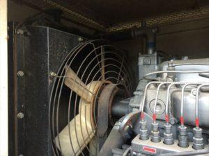 ロジエイティブ,発電機,非常用発電機,冷却水 ,LLC 漏れ,水漏れ,エンジン,成分,劣化,ラジエーター,ラジエター,錆 ,目詰まり ,不足 ,オーバーヒート ,水温異常, 緊急停止 ,生産終了, 古い ,修理 ,故障 ,メンテナンス ,予防保全